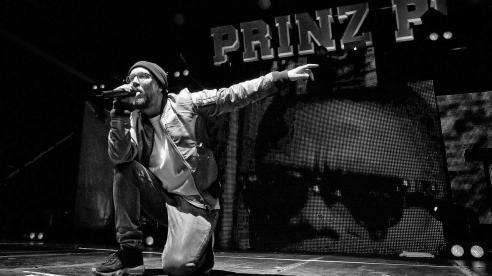 prinz-pi-berlin-2016-live-gettyimages-516577340-1280x720.jpg